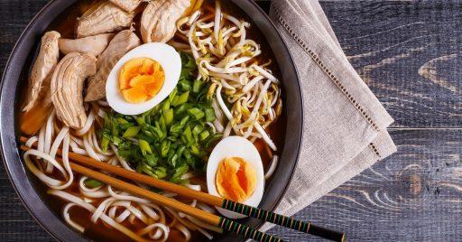 Ingredientes para el Ramen de Pollo y Verduras