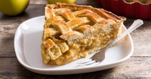 Tarta de manzana con crema pastelera y hojaldre